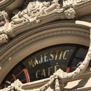 ポルトの美しいカフェ「マジェスティックカフェ」