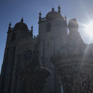 ポルト大聖堂はカミーノの出発点