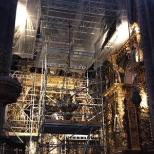 カミーノ「ポルトガル人の道」パドロンからサンティアゴへ、サンティアゴの大聖堂は聖ヤコブの聖年に向け改修工事中