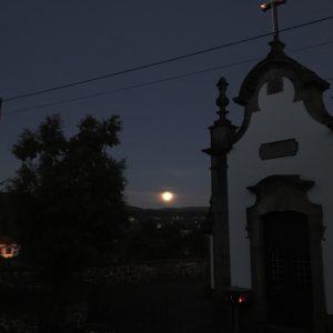 カミーノ「ポルトガル人の道」でみたストロベリームーン