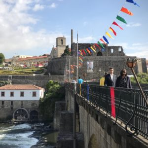 カミーノ「ポルトガル人の道」バルセロスの石橋を渡る