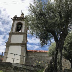 カミーノ「ポルトガル人の道」ポルテーラの教会とアルベルゲ
