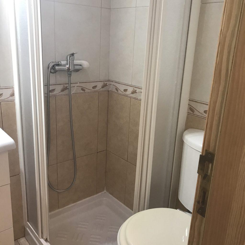 カミーノのお風呂事情、バスタブはなくシャワーのみ